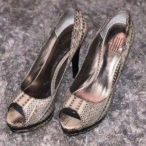 Pelle Moda Genuine Leather Snakeskin Heels